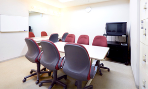 photo_lecturerRoom02_L
