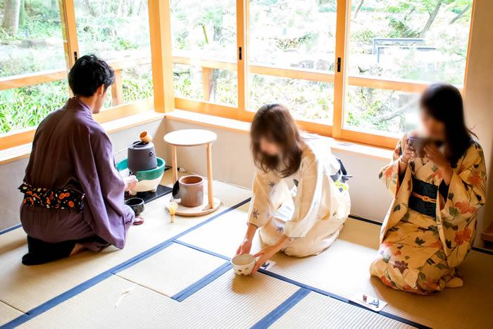 イベントレポート:かしこまらない茶会4.(前半)茶会らしい茶会になってきた