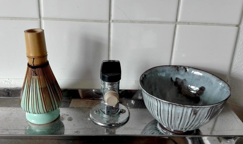 抹茶をデイリーなドリンクの一つにする方法。これで食後にちょっと一服、ができる。